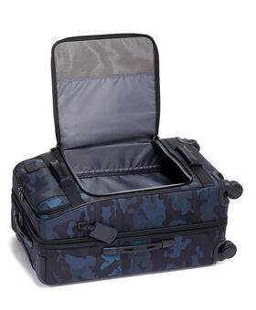 Short Trip Expandable 4 Wheeled Packing Case Merge